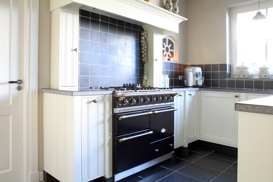 ... Keukens op het juiste adres. Een landelijk design vraag om natuurlijke